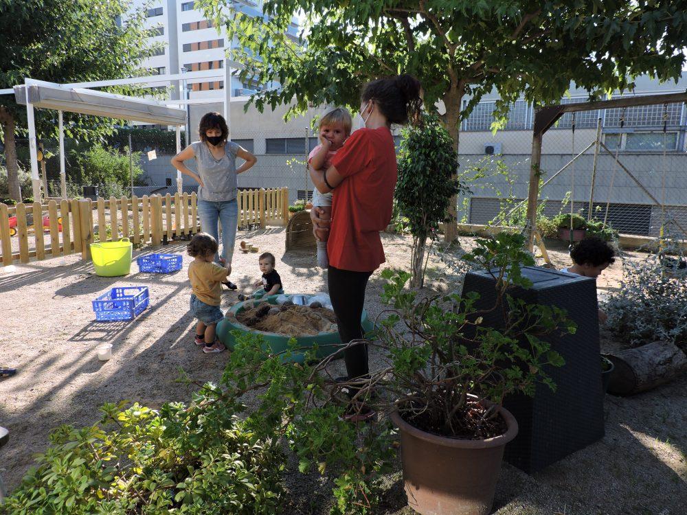 Familiarització al jardí